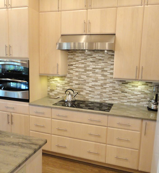 Light Modern and Remodeled Kitchen Cabinets and Countertops